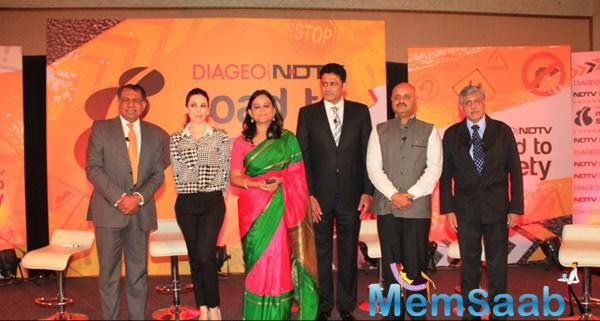 Karisma Kapoor,Anil Kumble And Others Clicked At NDTV Road To Safety Campaign Promotion