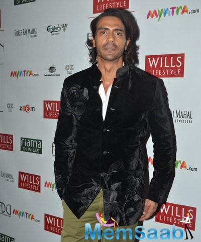 Arjun Rampal Spotted With Dashing Look At Wills Fashion Week Day 5 Event