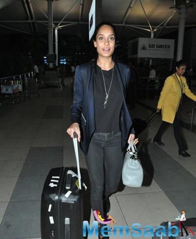 Lisa Haydon Snapped At Domestic Airport In Mumbai