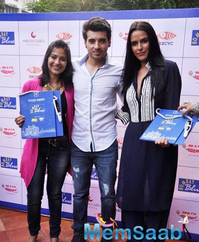 Ekkees Toppon Ki Salaami Star Launch India's First Audio And Braille Menu