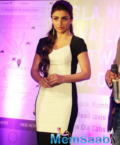 Soha Ali Khan Looking Pretty In Colour Block Black And White Dress At OLA App Launch Event