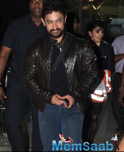 Aamir Khan Was All Smiles For The Camera At The Domestic Airport In Mumbai