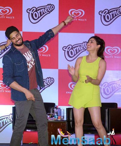 Sidharth And Yami Had A Gala Time At The Cornetto Event In Kolkata