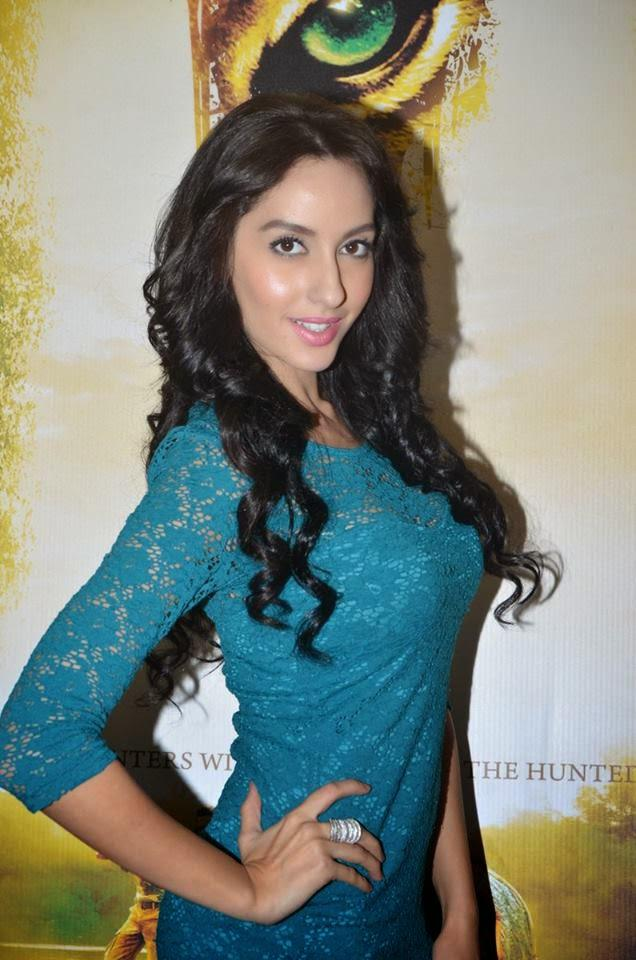 Nora Fatehi Strikes A Pose For The Lens During The Press Meet Of Movie Roar - Tigers Of Sunderbans