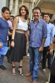 Aamir Khan,Anushka Sharma And Rajkumar Hirani Launched The Trailer Of Film PK