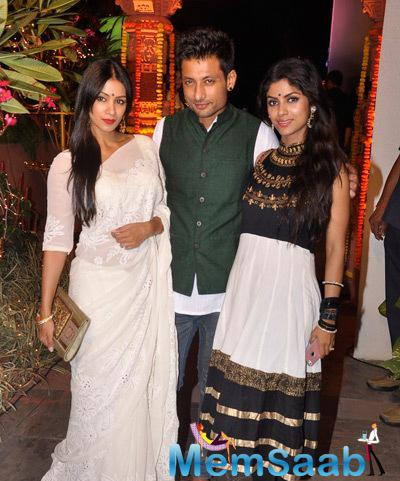 Barkha Bisht Sengupta And Hubby Indraneil Sengupta Clicked At Sachiin J Joshi And Urvashi Sharma Diwali Bash