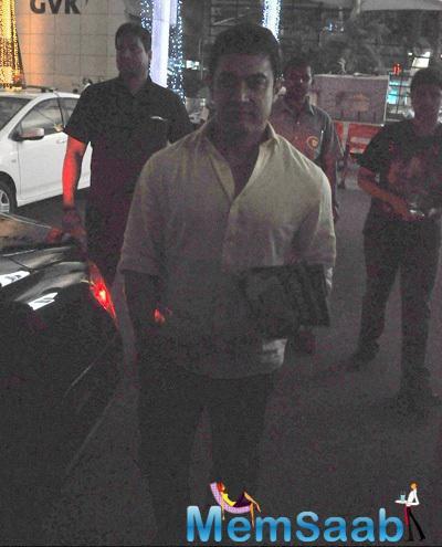 Aamir Khan Spotted At The Mumbai International Airport