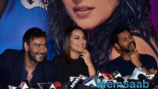 Ajay Devgan,Sonakshi Sinha And Prabhu Deva In Press Meet At The Promotion Of Action Jackson On KBC Sets