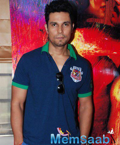 Randeep Hooda Casual Look At Promotional Event Of Film Rang Rasiya