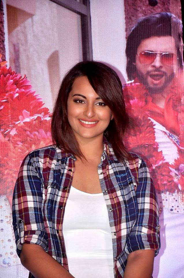 Sonakshi Sinha Casually Dressed At The Launch Of Action Jackson Movie Keeda Song