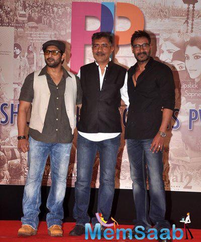 Arshad Warsi,Prakash Jha And Ajay Devgan Posed At Prakash Jha 5 New Films Launch Event