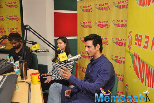 Shweta Kumar And Sharman Joshi Promotes Their Upcoming Flick Super Nani At Radio Mirchi 98.3 FM