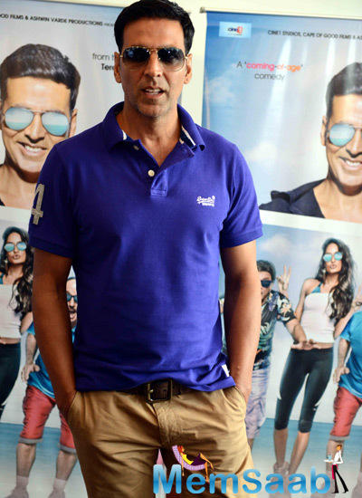 Akshay Kumar Stylish Look During The Promotion Of The Shaukeens Movie In Delhi