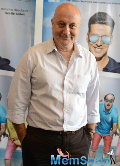 Anupam Kher Posed During The Promotion Of The Shaukeens Movie