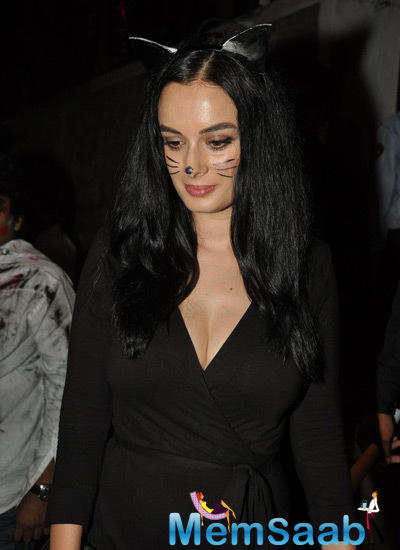 Evelyn Sharma Cute Cat Look At Nido Halloween Night Bash