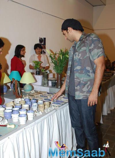 Aditya Roy Kapur Notice The Ceramic Pottery At The Ceramic Pottery Exhibition