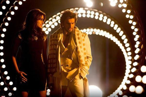 Parineeti Chopra And Ranveer Singh Song Still From Kill Dill Movie