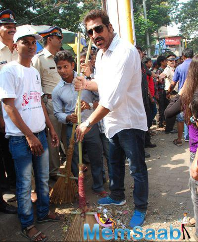 Mukesh Rishi Snapepd With A Broom Stick At Cleanliness Drive By Nahar Group