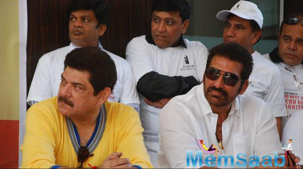 Pankaj Dheer And Mukesh Rishi Snapped At Cleanliness Drive By Nahar Group