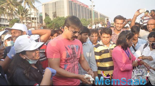 Vivek Oberoi At Cancer Patients Aid Association Cleanliness Drive