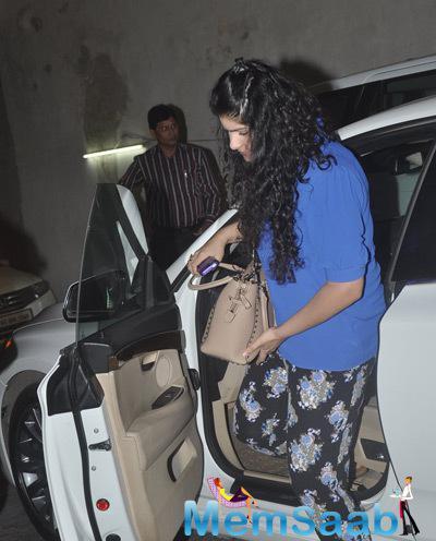Arjun Kapoor Sister Anshula Kapoor Snapped During The Screnning Of Gone Girl