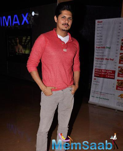 Vishal Malhotra Strikes A Pose At The Premiere Of The Film Interstellar
