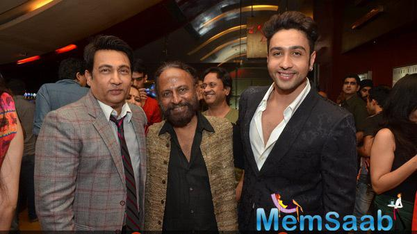 Shekhar Suman,Ketan Mehta And Adhyayan Suman Posed During The Premiere Of Rang Rasiya