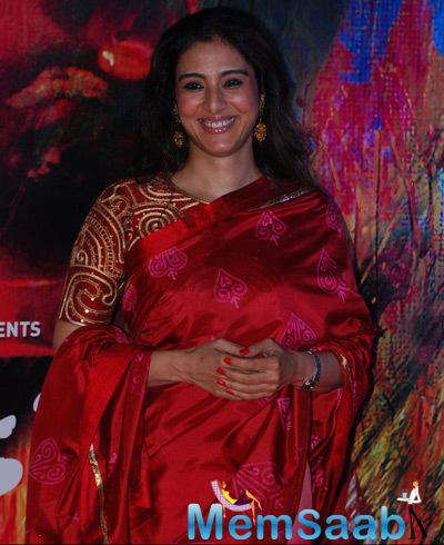 Tabu Looked Striking In Her Flaming Red Saree During The Premiere Of Rang Rasiya