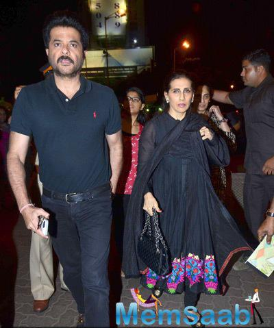Anil Kapoor And Wife Sunita Kapoor Visit Siddhivinayak Temple For Blessing