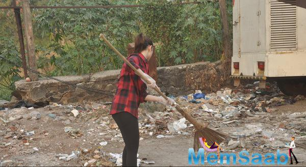 Tamannaah Bhatia Spotted At The Streets Of Mumbai With A Broom