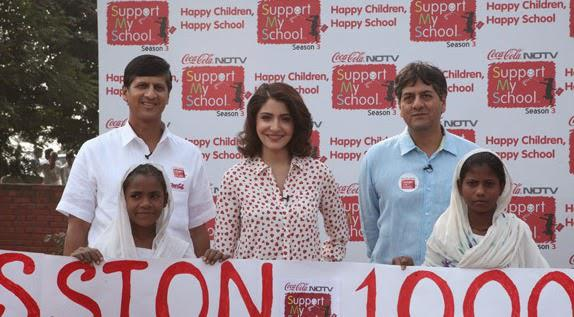 Anushka Sharma Posed With Kids During Support My School Campaign Season 3 Launch