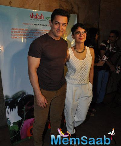 Aamir Khan Posed With Wife Kiran Rao At The Screening Of Documentary Movie Hosted By Him