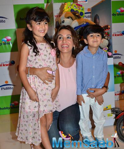 Perizaad Zorabian Posed With Kids During Children Day Celebrations