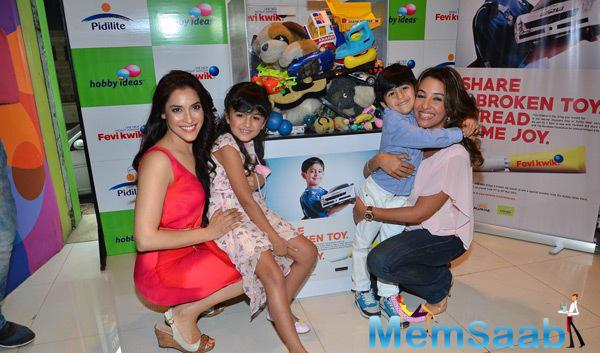Rashmi Nigam And Perizaad Zorabian Cool Pose With Kids During Children Day Celebrations