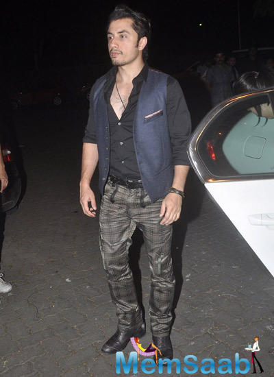 Ali Zafar Dashing Look During 12th Wedding Anniversary Of Sonali Bendre