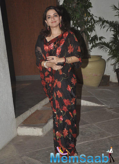 Shaina NC In Saree Nice Simple Look At 12th Wedding Anniversary Of Sonali Bendre
