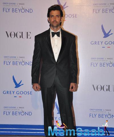 Hrithik Roshan Stylish Glamour Look During Grey Goose Fly Beyond Awards 2014
