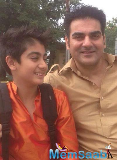 Arbaaz Khan Smiling Pose During His Sister Arpita Khan Wedding Ceremony