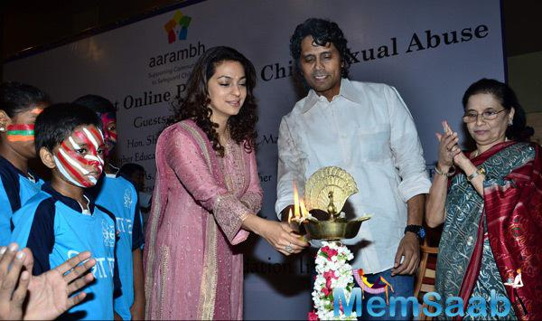 Juhi Chawla And Nagesh Kukunoor Lighting The Lamp For Launching The Aarambh India