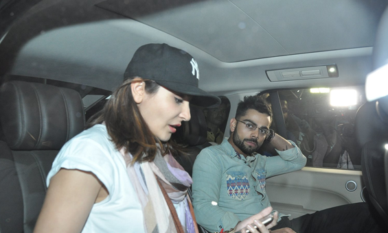 Lovebirds Anushka Sharma And Virat Kohli Clicked At Airport