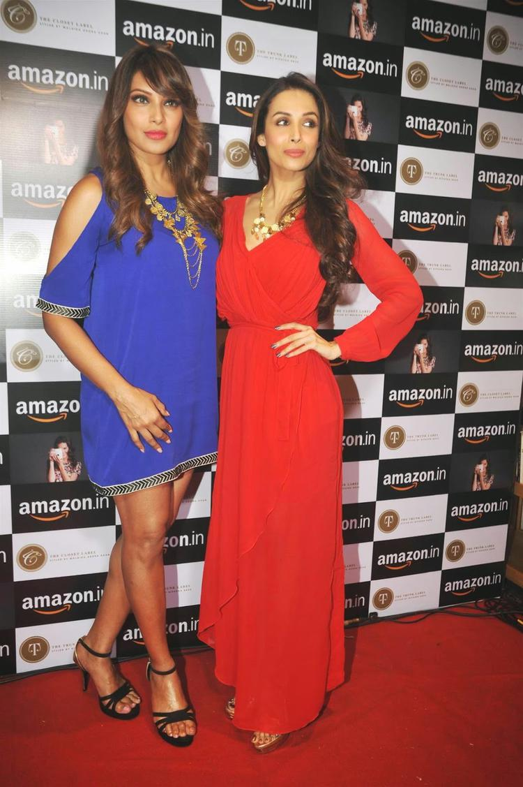 Bipasha Basu Posed With Malaika Arora Khan On Red Carpet During The Announcement Of Partnership Between Amazon.In And The Label Corp