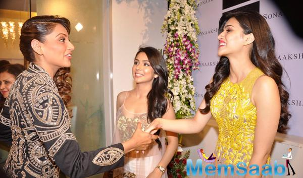 Bipasha Basu Cool Meet With Kriti Sanon At Sonaakshi Raaj Flagship Store Launch