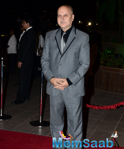 Anupam Kher Posed For Camera During Arpita Khan And Aayush Sharma Wedding Reception
