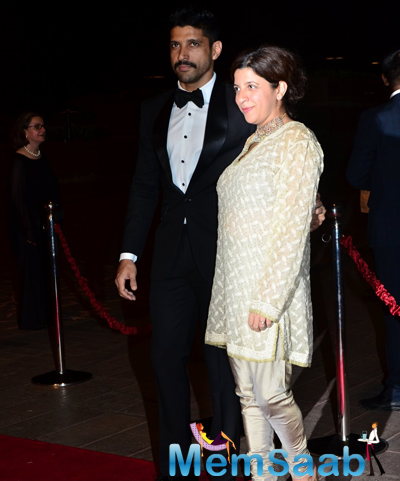 Farhan Akhtar And Sister Zoya Akhtar Posed At Arpita Khan And Aayush Sharma Wedding Reception