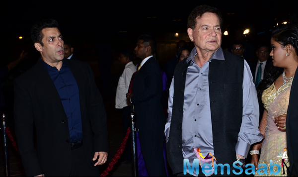 Salman Khan And Dad Salim Khan Hosting Arpita Khan And Aayush Sharma Wedding Reception