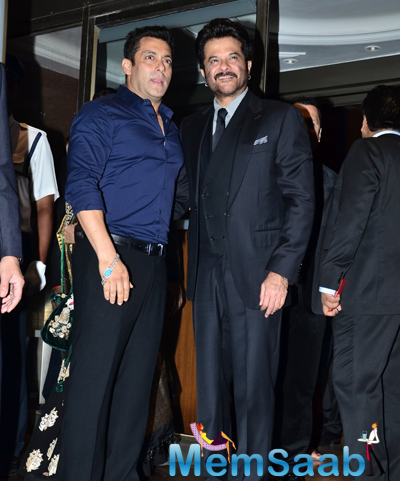 Salman Khan Cool Posed With Anil Kapoor During Arpita Khan And Aayush Sharma Wedding Reception