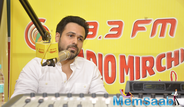 Emraan Hashmi Promote Ungli Movie At 98.3 FM Radio Mirchi
