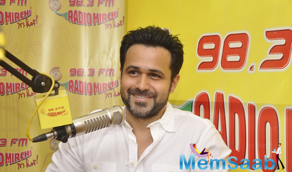 Emraan Hashmi Smiling Pose During The Promotion Of Ungli At Radio MIrchi