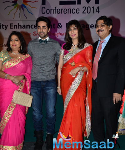 Ayushmann Khurrana Posed With Other Guests At Fertility Enhancement And Management Press Conference