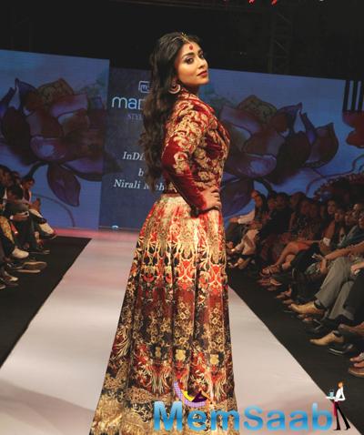 Shriya Saran Down The Ramp At The Madame Style Week 2014